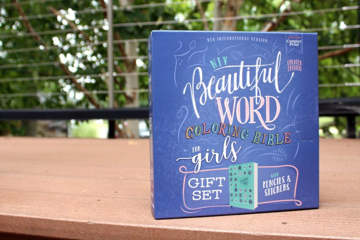 NIV Beautiful Word Coloring Bible Gift Set For Girls#beautifulwordgiftset  #FlyBy