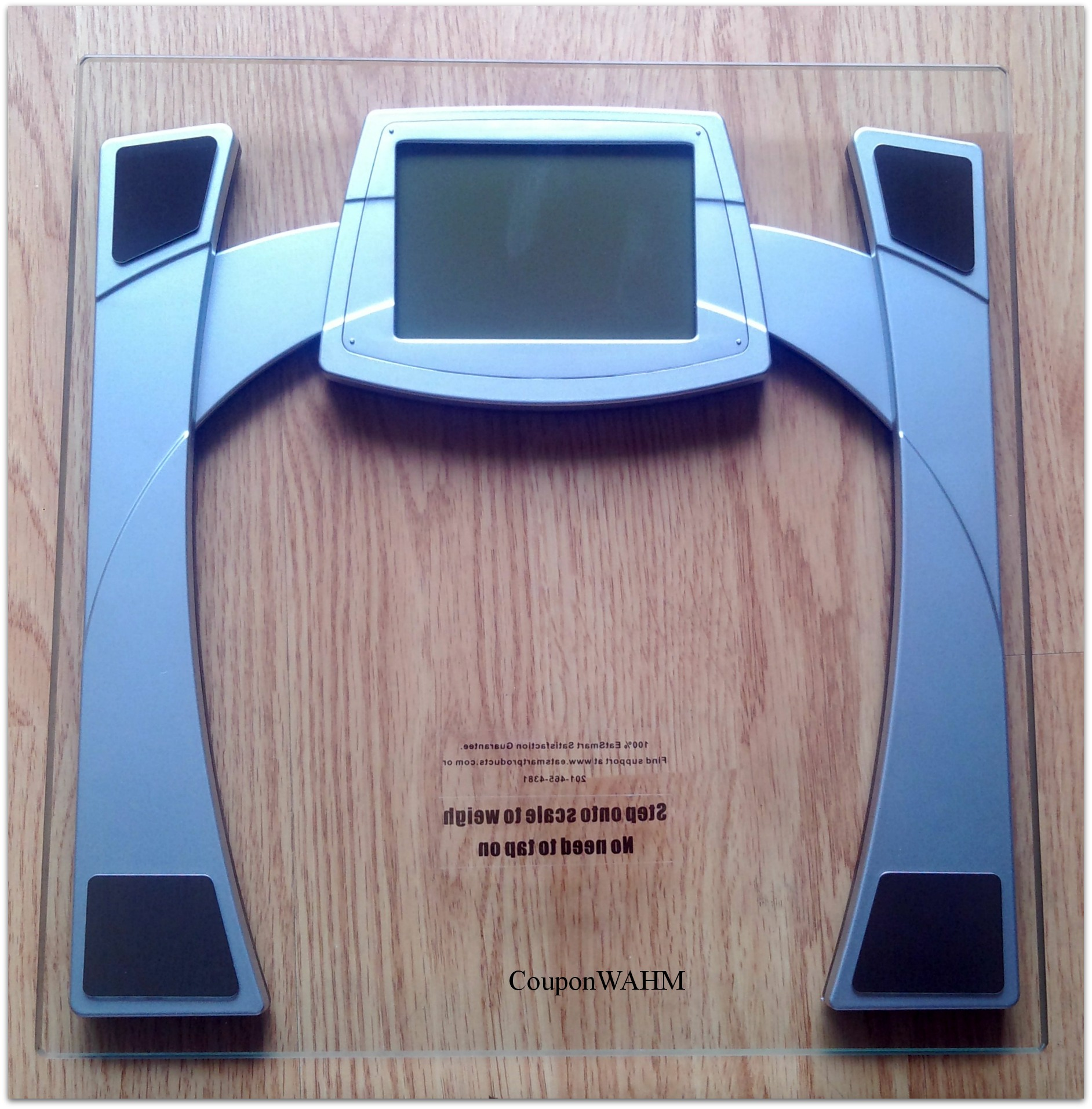 Monitor Your Weight Loss or Gain With the #EatSmart Precision MaxView Digital Bathroom Scale #reviews