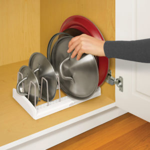 YouCopia StoreMore Lid Holder Keeps Lid's in Place #reviews #holidaygiftguides